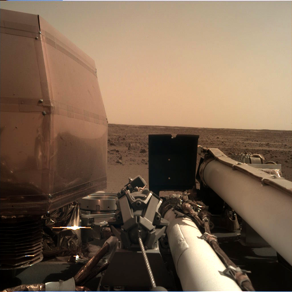InSight sees first light on the surface of Mars with the Instrument Deployment Camera