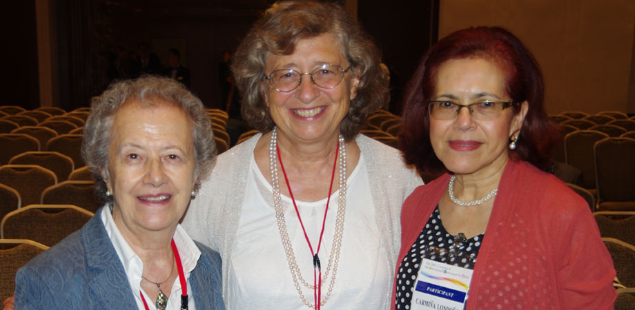 Left to right: María Yzuel, Roberta Ramponi, and Carmiña Londoño at ICO-24.